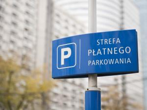 People living in the Praga-Północ and Wola Districts support the idea to expand the (paid) parking zone